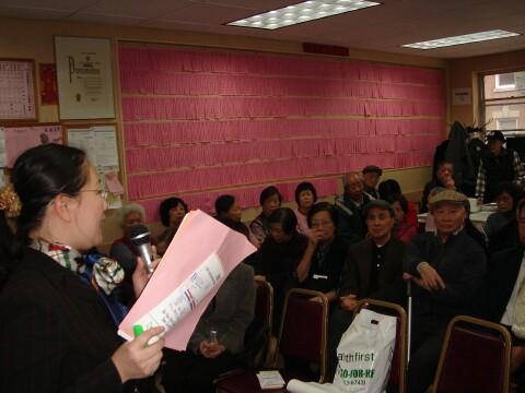 阮維嘉小姐講解及回答問題。